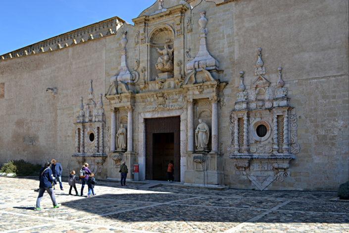 Poblet Façana església